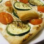 Ciastka francuskie z białym serem i cukinią