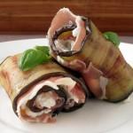 Roladki z bakłażana, serka koziego i prosciutto
