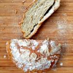 Prosty chleb pszenno-żytni na drożdżach